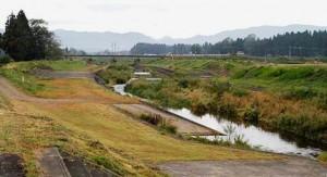 葛丸川と東北本線